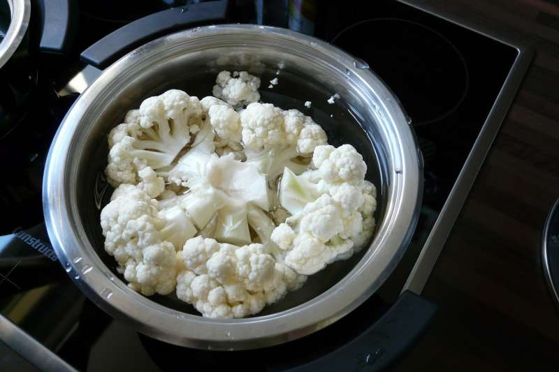 吃水煮花椰菜減肥,到底有沒有用?(圖/pixabay)