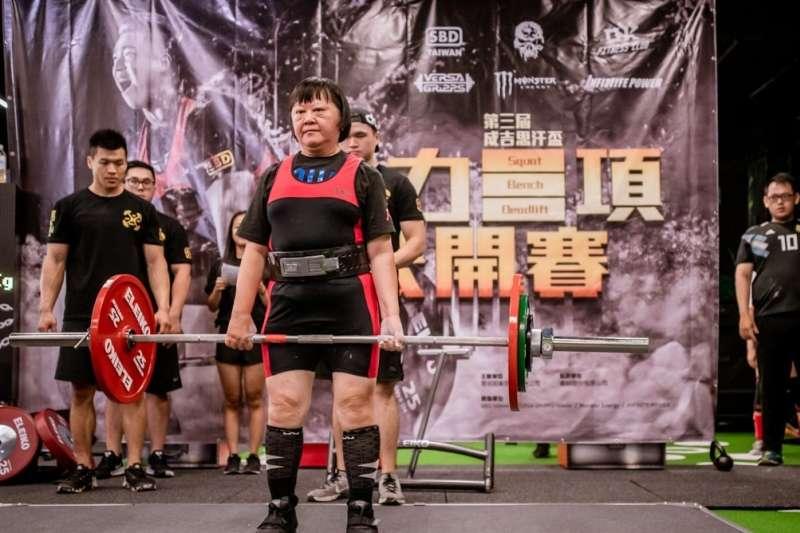 59歲的許美雲靠健身找回健康(圖/安可人生)