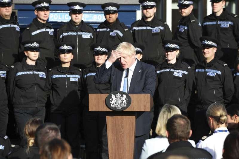 20190905,英國脫歐、英國首相強森5日在一場演說中表示,將會於10月15日提前舉行國會大選,「寧願死在溝渠裡,也絕不會延後脫歐」。(AP)