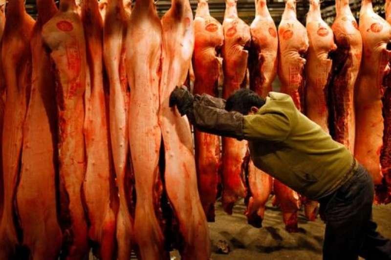 中國是全球最大的豬肉消費國,消費量超過美國和歐洲的總和。