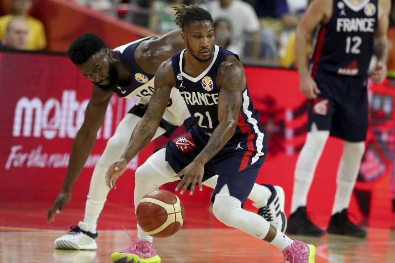 美國男籃敗給法國無緣世界盃四強,吞下13年來首場敗仗。(美聯社)