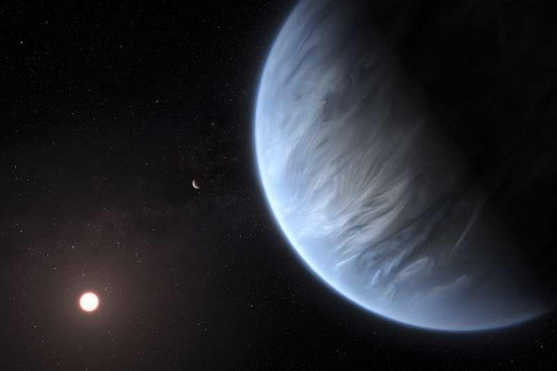 倫敦大學學院最新發現,系外行星「K2-18b」大氣層含有水分,也是史上首度發現含水的宜居星球。(AP)