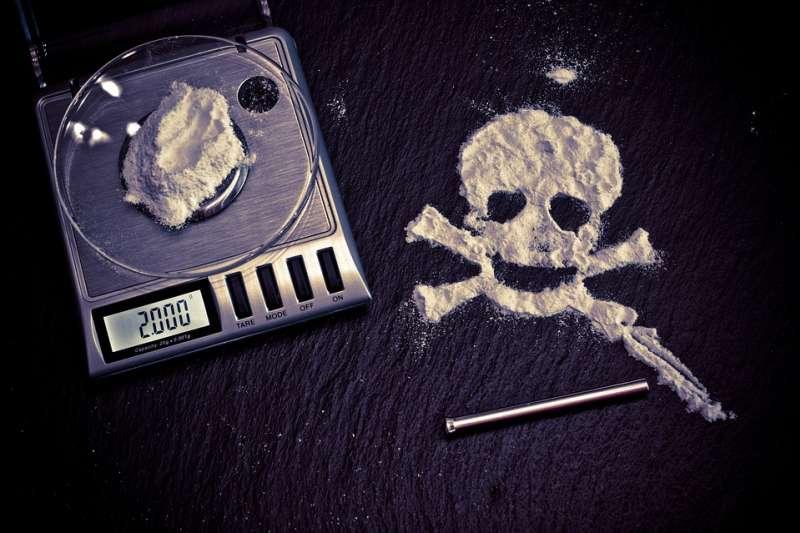20190915-毒品、吸毒、藥物濫用、物質濫用,有害健康。(取自A_Different_Perspective@pixabay)