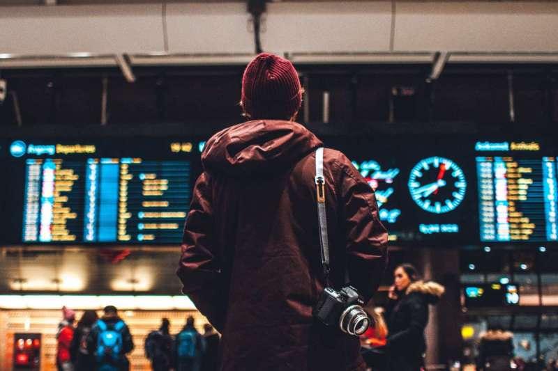 考完期末考那天,他依照計畫前往機場,準備隻身前往日本參加就職活動(圖/Unsplash)