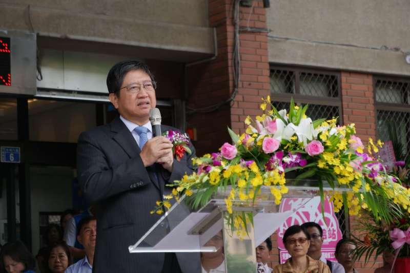 新竹縣市放假不同、林智堅被罵翻  民進黨發言人爆:楊文科宣布放假後就出國了-風傳媒