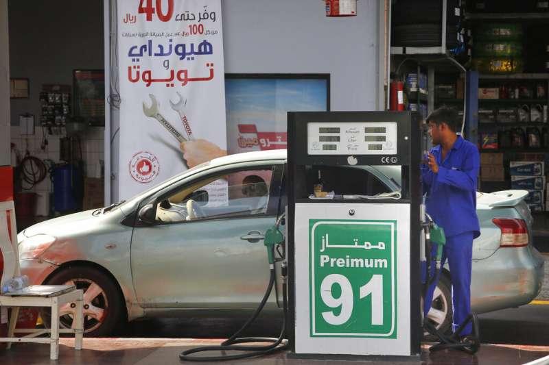 沙烏地阿拉伯的加油站。(美聯社)