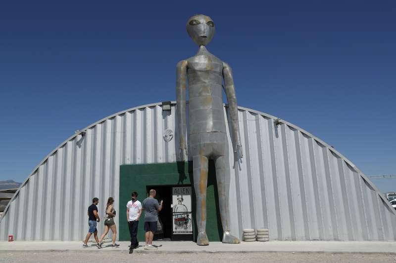 美國內華達州的外星人研究中心(Alien Research Center)(AP)
