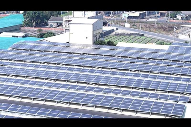 元炬科研於2017年1月正式跨足太陽能電業,日前元炬公告,將綠能子公司金來國際,以2.02億元出售給另一家上櫃公司樂士;圖為元炬科研旗下的太陽能電站。(取自元炬科研官網)