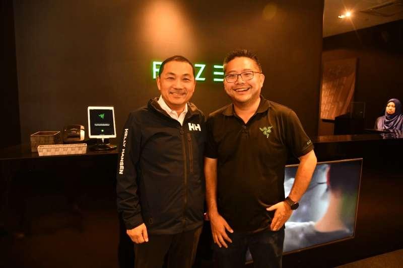侯友宜率團考察新加坡新創產業,19日參訪在科技娛樂產業具世界領導地位的雷蛇公司(Razer Inc.),邀請前來新北市投資與合辦亞洲電競大賽 。  (圖/新北市新聞局提供)