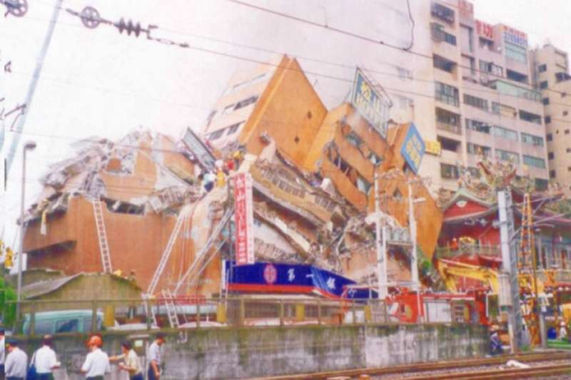 20190920-921大地震坍塌情形。(作者提供)