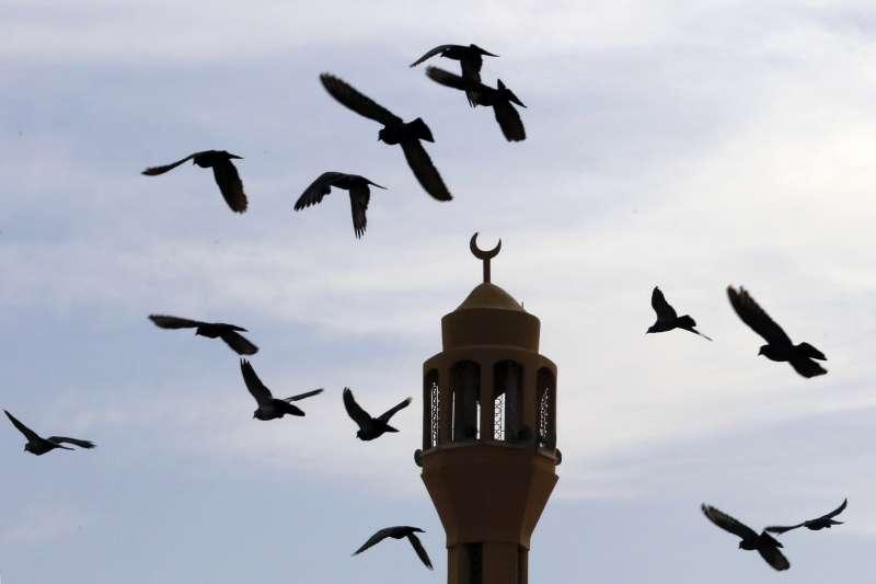 沙烏地阿拉伯吉達(Jiddah)一座清真寺的叫拜樓(AP)