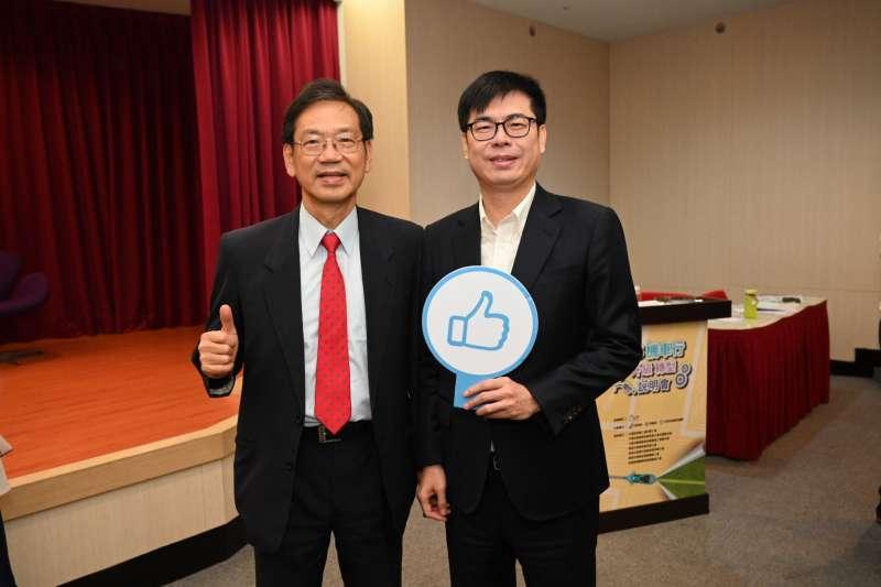 光陽執行長柯俊斌於會中與陳其邁副院長多次溝通,期盼政府儘速調降貨物稅。 (圖/光陽機車)