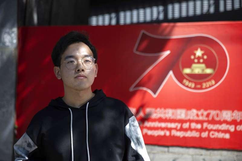 擔憂赴美攻讀,會遭遇簽證問題的中國學生。(AP)