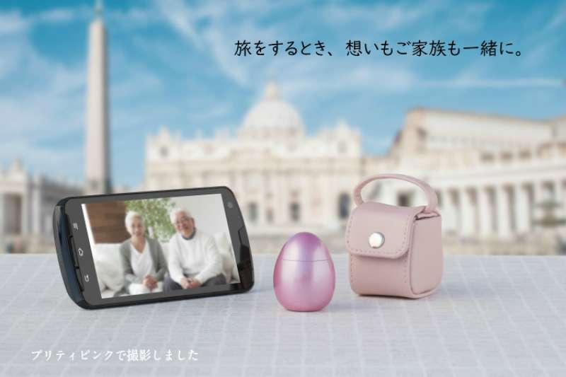 日本殯葬業者大野屋的「POPO」(ポポ)可攜式迷你骨灰盒系列。(取自souljewelry官網)