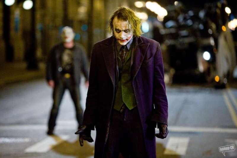 希斯萊傑所詮釋的DC小丑成為一代經典(圖/IMDb)