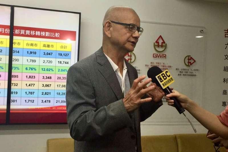 李同榮浸淫國內房市多年,對台灣房地產政策、市場走向都有深刻、犀利的觀察(圖/ 李同榮臉書)