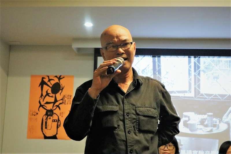 越南異議歌手厄戴27日晚間出席台北「流浪之歌音樂節」論壇,在自由的土地上坦露心聲。(蔡娪嫣攝)