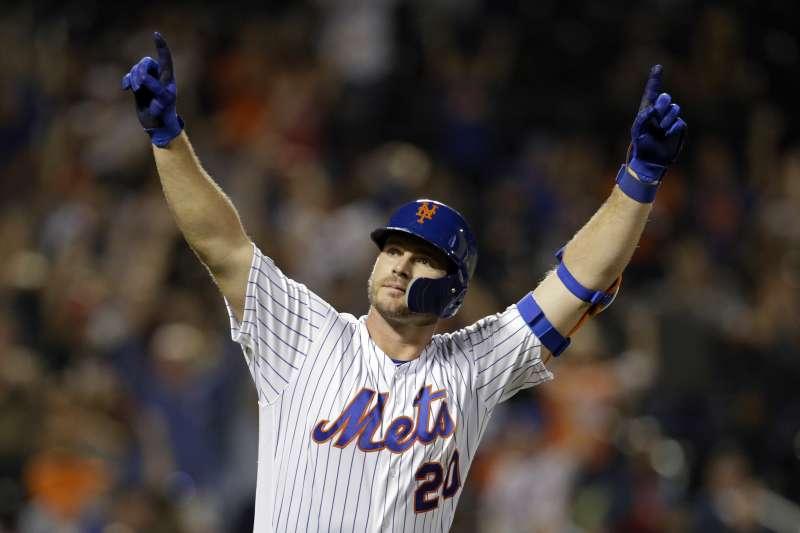 MLB年度新人王得主在今日出爐,大都會強打阿隆索、太空人艾瓦瑞茲成功獲獎。 (美聯社)