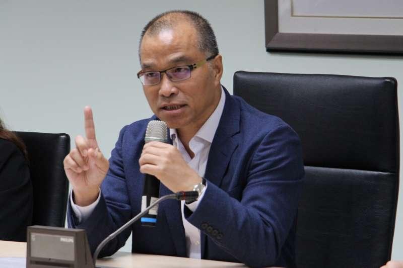 針對太平島開採石油議題,高雄市副市長葉匡時(見圖)19日指出,這是高雄市長韓國瑜思考為高雄創造額外財源方式,但目前確實無「分一杯羹」的法源。。(高雄市政府提供)