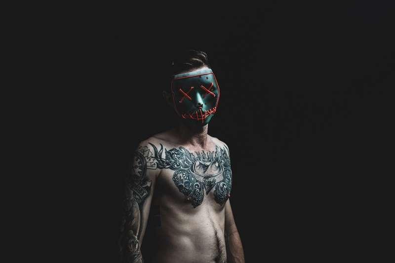 刺青對極道成員來說非常重要,每個刺青都具有特殊涵義。圖非當事人。(圖/unsplash)