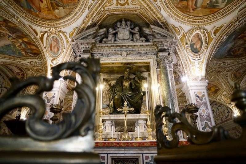 聖馬竇銅像 (曾廣儀攝)