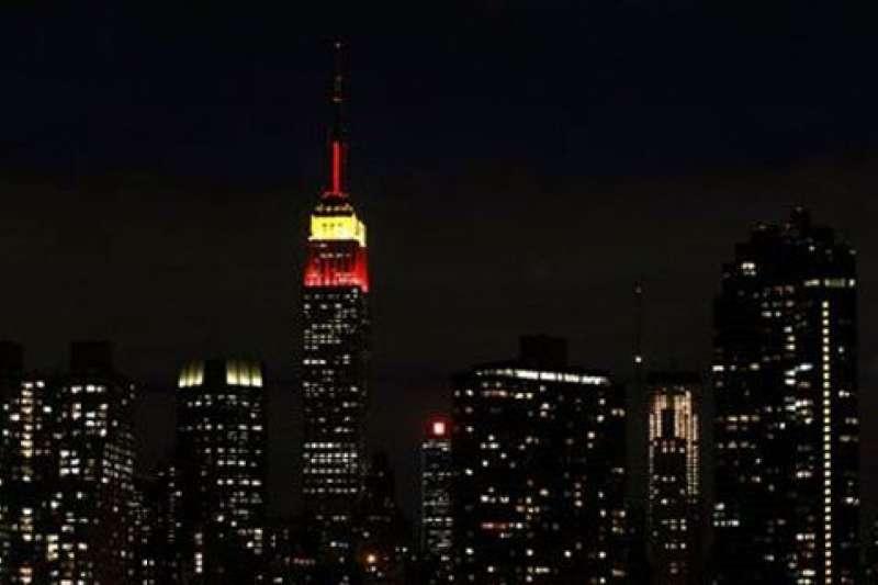 中國70周年國慶:美國紐約帝國大廈會點燈祝賀,圖為2009年中國建國60周年點燈祝賀(資料照,AP)