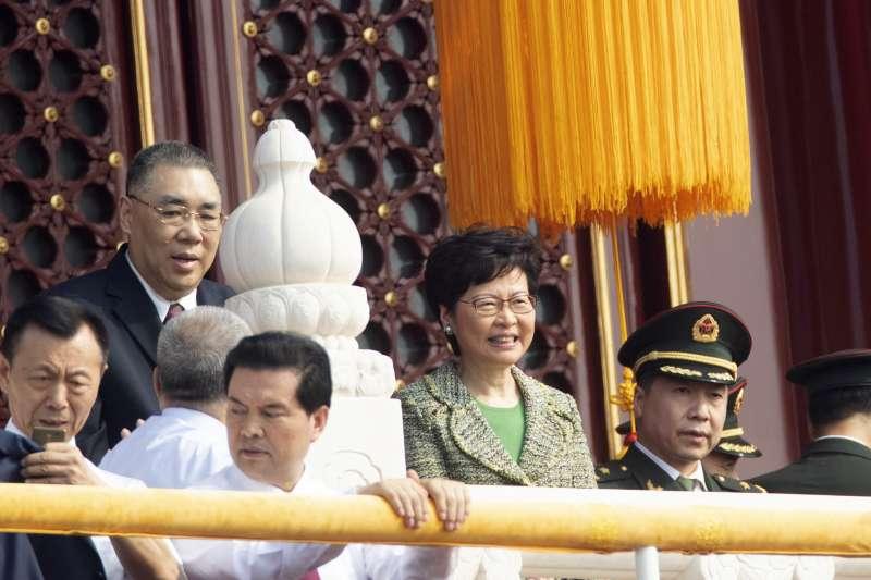 2019年10月1日,慶祝中華人民共和國成立70周年大會.閱兵式和群眾遊行,香港特首林鄭月娥出席(AP)