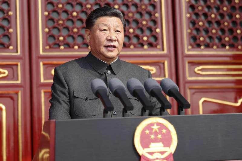 2019年10月1日,北京天安門廣場,慶祝中華人民共和國成立70周年大會.閱兵式和群眾遊行,習近平校閱部隊(AP)