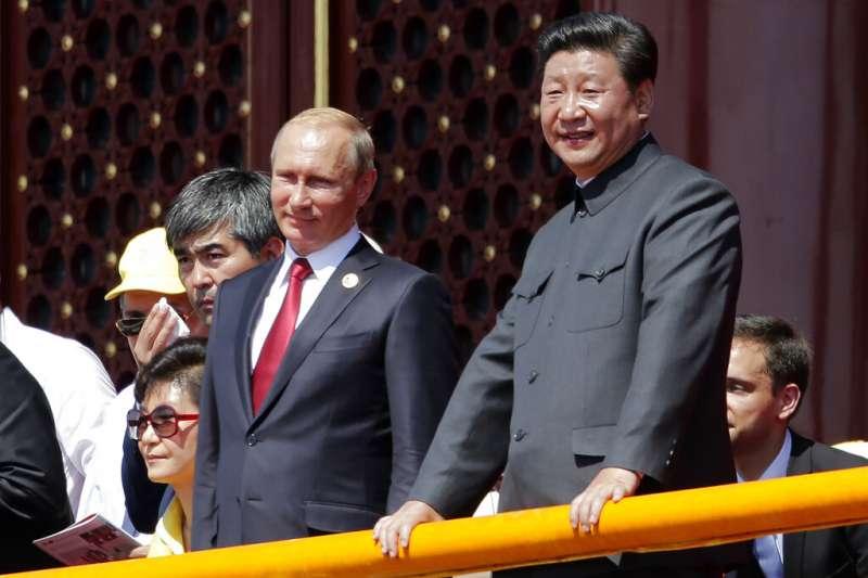 中國國家主席習近平與俄羅斯總統普京。(美聯社)