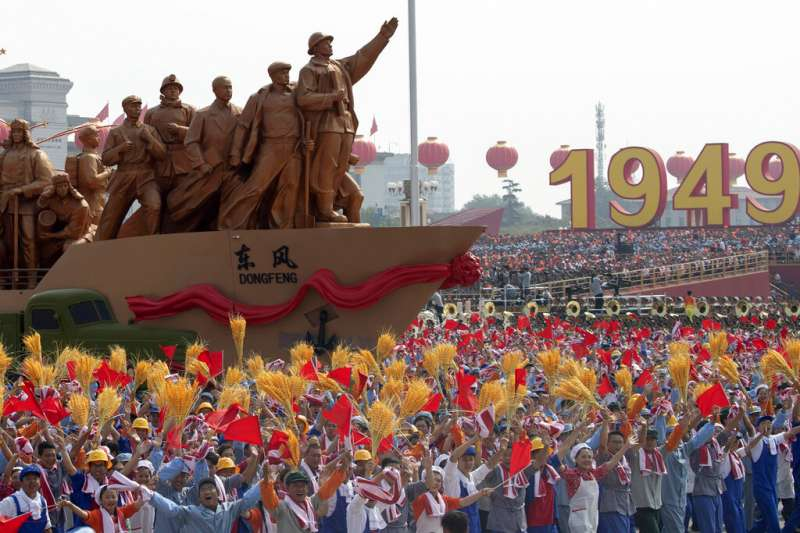 2019十一國慶的天安門大閱兵、解放軍。(美聯社)