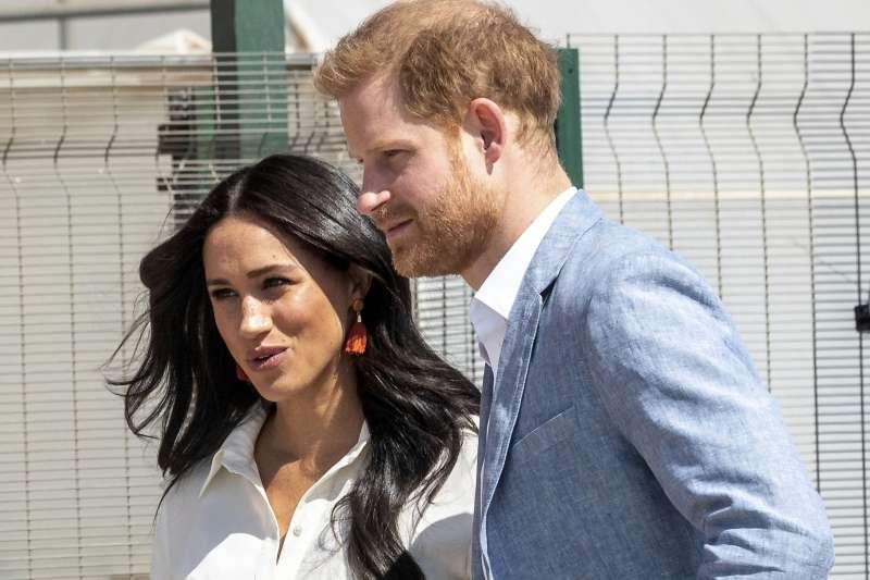 哈利王子與王妃梅根決定控告英國媒體。(AP)