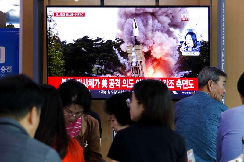 北韓10月2日再度試射飛彈。(美聯社資料照)