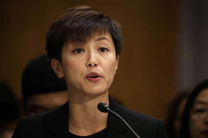 美國制裁包含香港特首林鄭月娥在內的11名中港官員,歌手何韻詩(見圖)高喊「香檳缺貨了」。(資料照,美聯社)