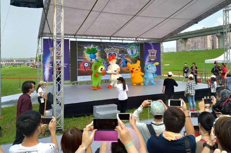 今年全台灣唯一一場《Pokémon GO Safari Zone》(3)日起一連四天在「新北大都會公園」登場,成千上萬寶可夢迷爭相與寶可夢面對面。 (圖/新北市觀旅局提供)