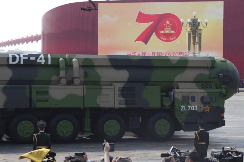 2019十一大閱兵,東風-41洲際彈道飛彈。(美聯社)