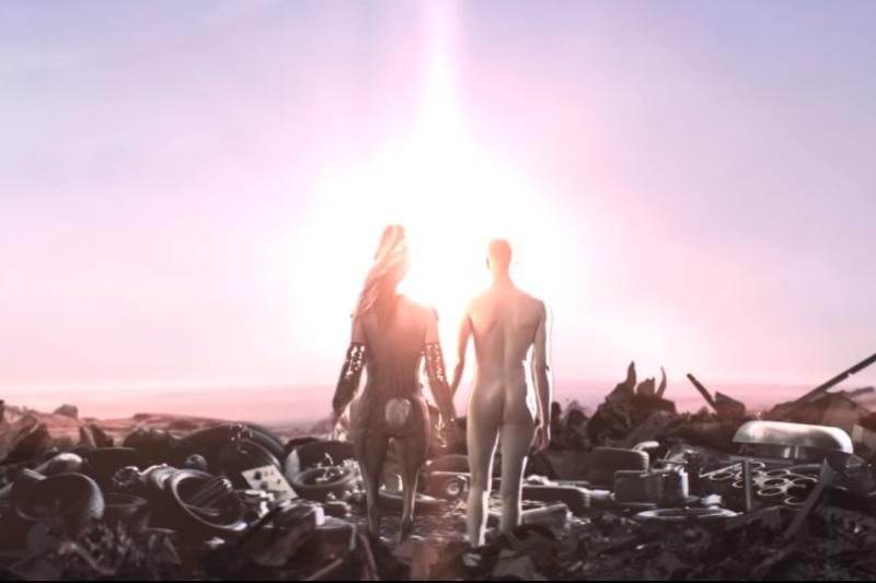 如果有機會的話,妳願意和外星生物發展一場跨文化、跨種族、跨星球的戀愛嗎?(示意圖,圖片擷取自Youtube)