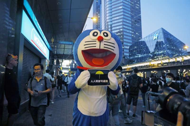 2019年10月4日,香港反送中、反緊急法、反禁蒙面法示威(AP)