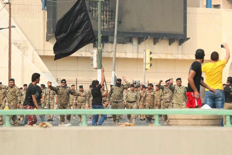 伊拉克10月1日起爆發大規模反政府示威。(美聯社)