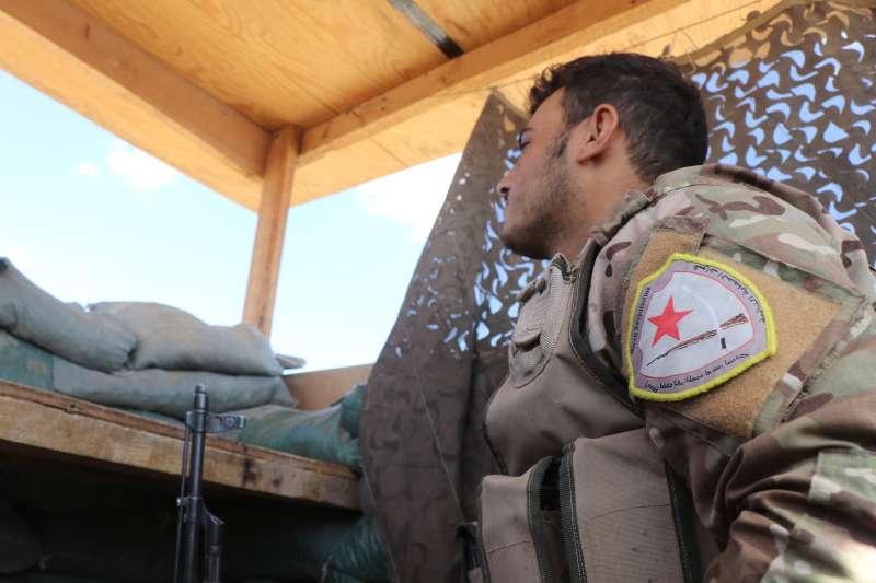 2019年,敘利亞北部,被美國遺棄的庫德族戰士(AP)