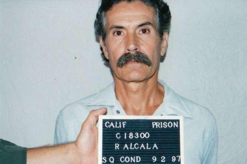 阿爾卡拉終於在2010年被判死刑,可怕的連續殺人魔終於要面對法律的制裁。(圖片擷取至Youtube)