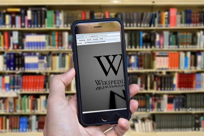 維基百科被指已成為「講好中國故事」的「中國大外宣」的新輿論場。(示意圖/Luke Chesser@upsplash)