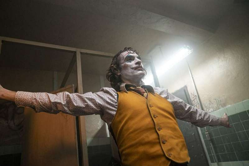 瓦昆·菲尼克斯以電影《小丑》迅速走紅(圖/IMDb)