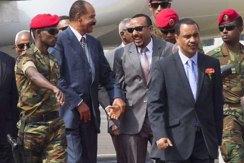 2019諾貝爾和平獎得主:衣索比亞總理阿比(中右)。(美聯社)