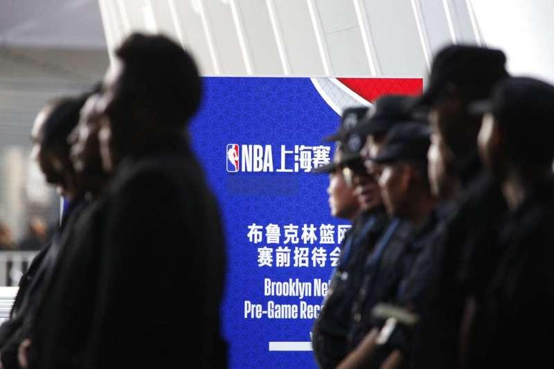 美國NBA與中國的關係因香港問題陷入緊張,但有專家認為,NBA在中國受歡迎的程度,可能使其免受長期損害。(美聯社)
