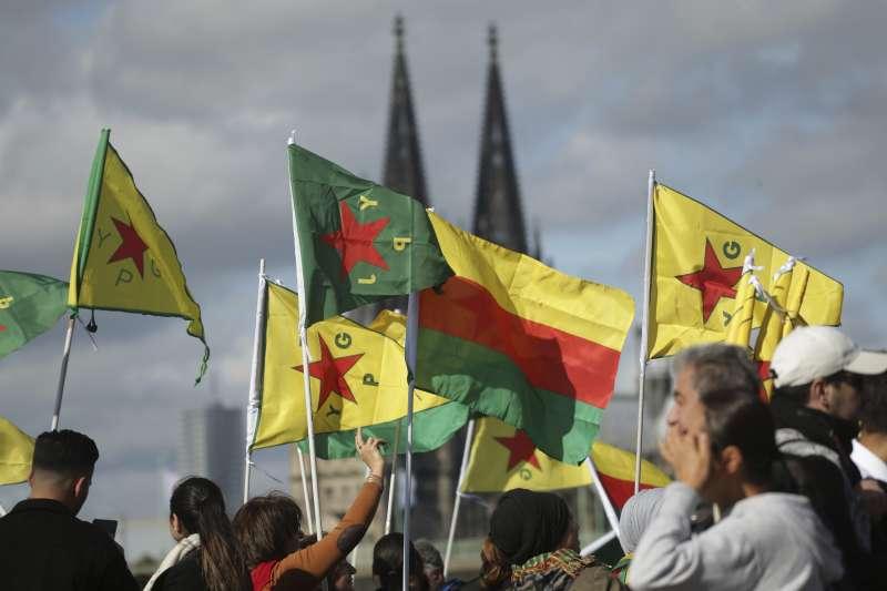 敘利亞美軍撤離:海外庫德族人示威抗議土耳其出兵(AP)