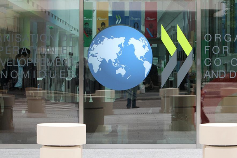 經濟合作暨發展組織(OECD)在2015年將「數位化經濟所面臨的稅收挑戰」列為稅基侵蝕與利潤移轉的頭號議題。(示意圖,取自OECD臉書)