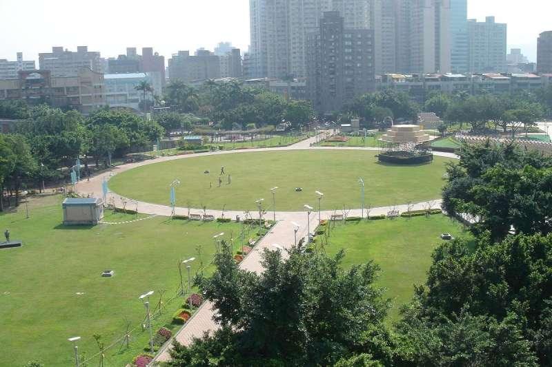 仁愛公園。(圖/維基百科)