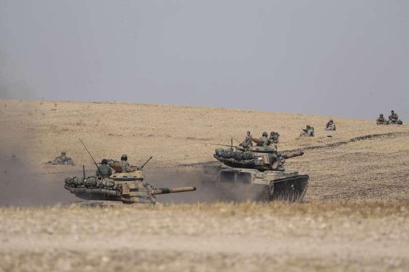 2019年10月,土耳其與敘利亞東北部庫德族的戰爭全面爆發,這是土耳其部隊(AP)