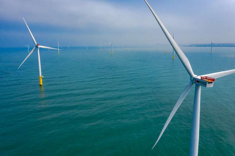 綠電需要政策支持,其中到底有多少政商污垢?(資料照片,上緯提供)
