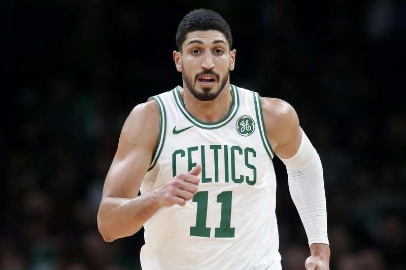 NBA綠衫軍的中鋒坎特。(美聯社)